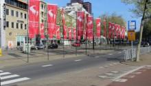 Rotterdam zeigt schon Marathon-Flagge.