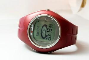 Mein Uhren-Oldtimer ist mir ans Herz gewachsen, auch wenn er Herzschläge längst nicht mehr ermitteln kann.