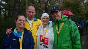 Gabi, ich, Diana und Jens - Platz 70 in der Kategorie der gemischten Brötchenholer.