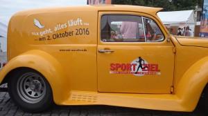 Fridolin wirbt kräftig für den Bremen-Marathon. Ich bewunderte das Gefährt kürzlich in Berlin und Schwerin.